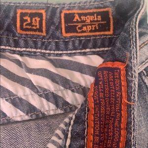 Rock revival Capri
